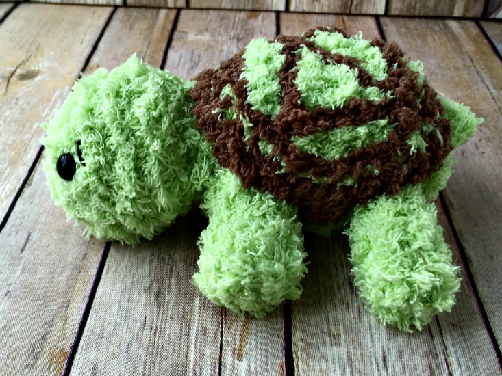 Free Crochet Pattern - Pipsqueak Turtle