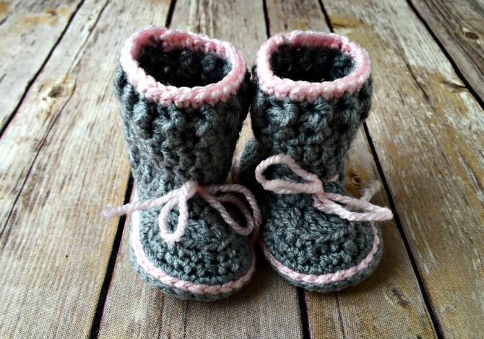 Spring Baby Boots - Free Crochet Pattern - Amanda Saladin