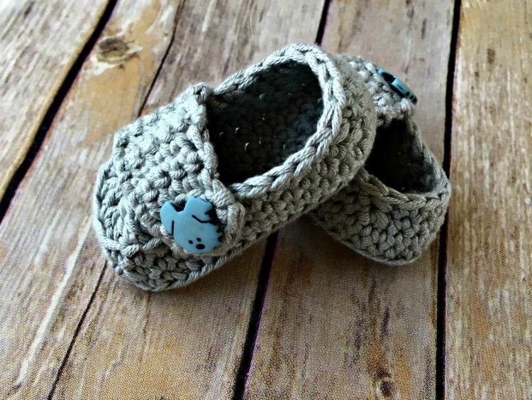 Baby Button Loafers Free Crochet Pattern Amanda Saladin
