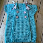 Free Crochet Pattern - Buttons and Bows Dress